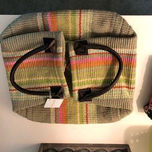 Striped medium bag.